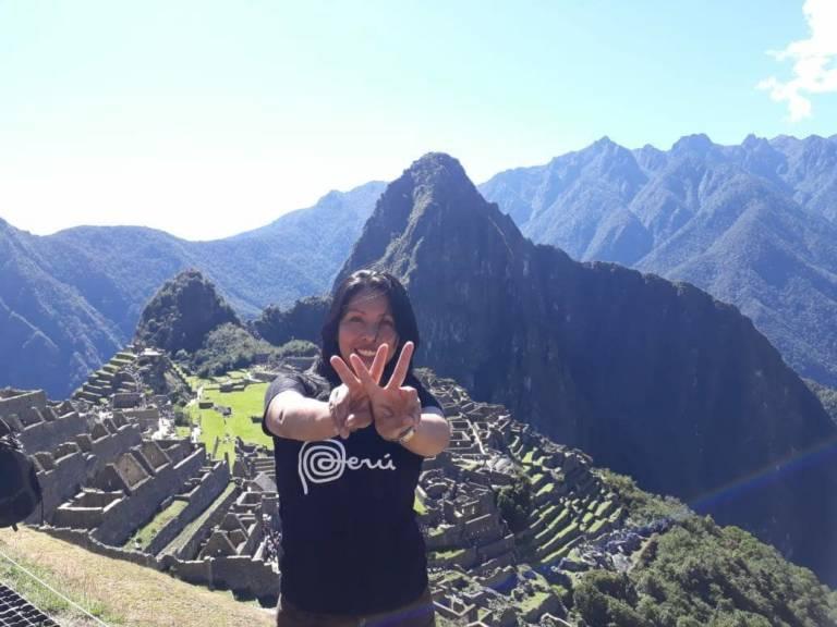 Milagros Serano Wellness Ambassador PERU Machu Picchu